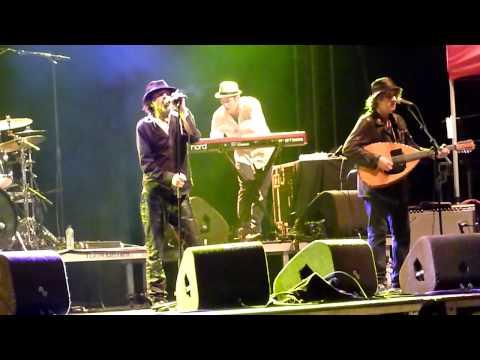 Rachid Taha - Rock El Casbah (The Clash cover) @ Brussels Summer Festival 2010