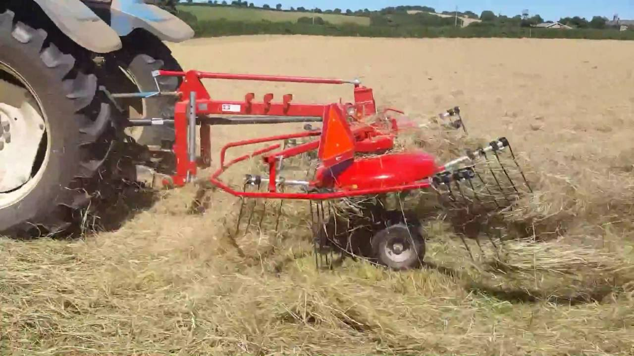Enorossi DR420 Tedder & Rake Combination working in UK and Ireland 2016