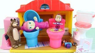 Η Μάσα και ο Αρκούδος παίζουν με τα καινούρια τους παιχνίδια! - Παιδική χαρά