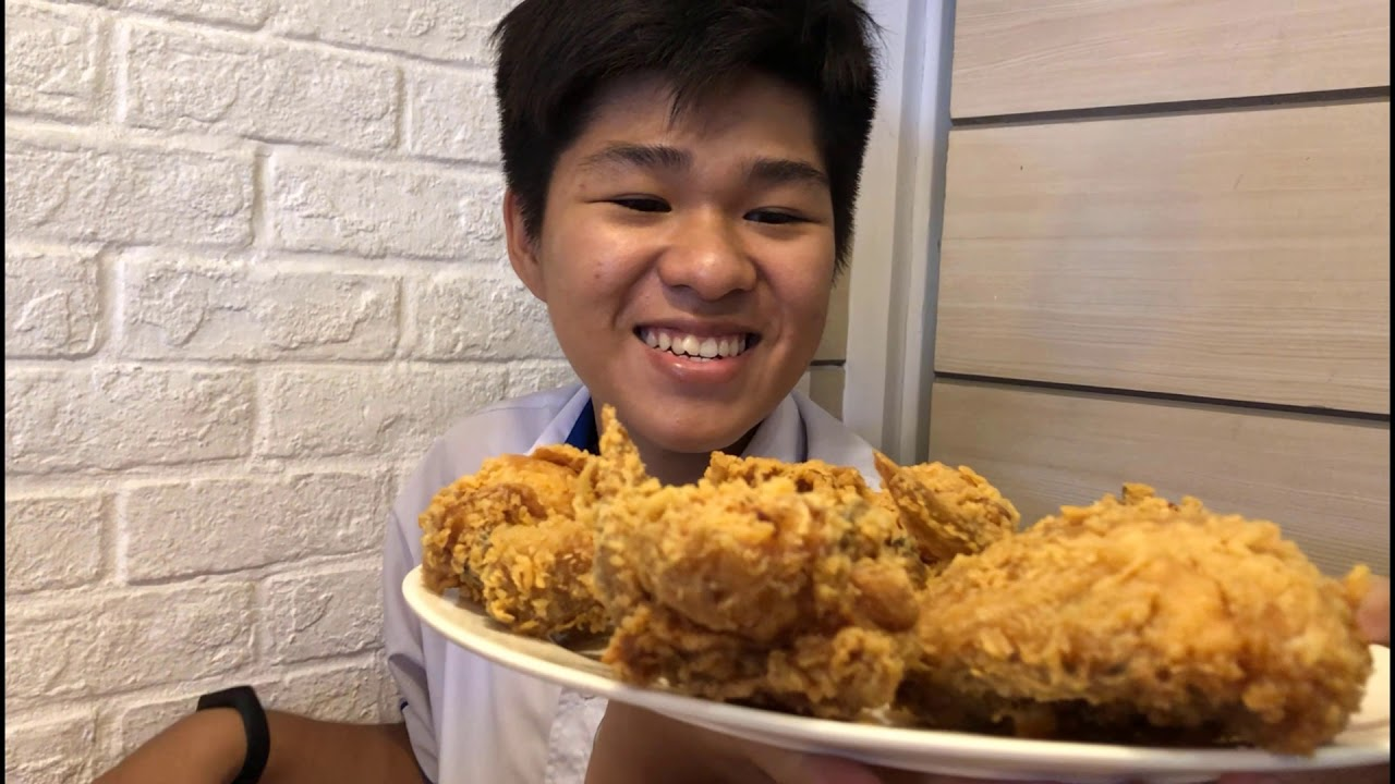 Quảng cáo gà rán nè :)