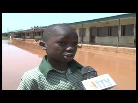 Pool of water threatens to sack pupils from Evbuotubu Primary School