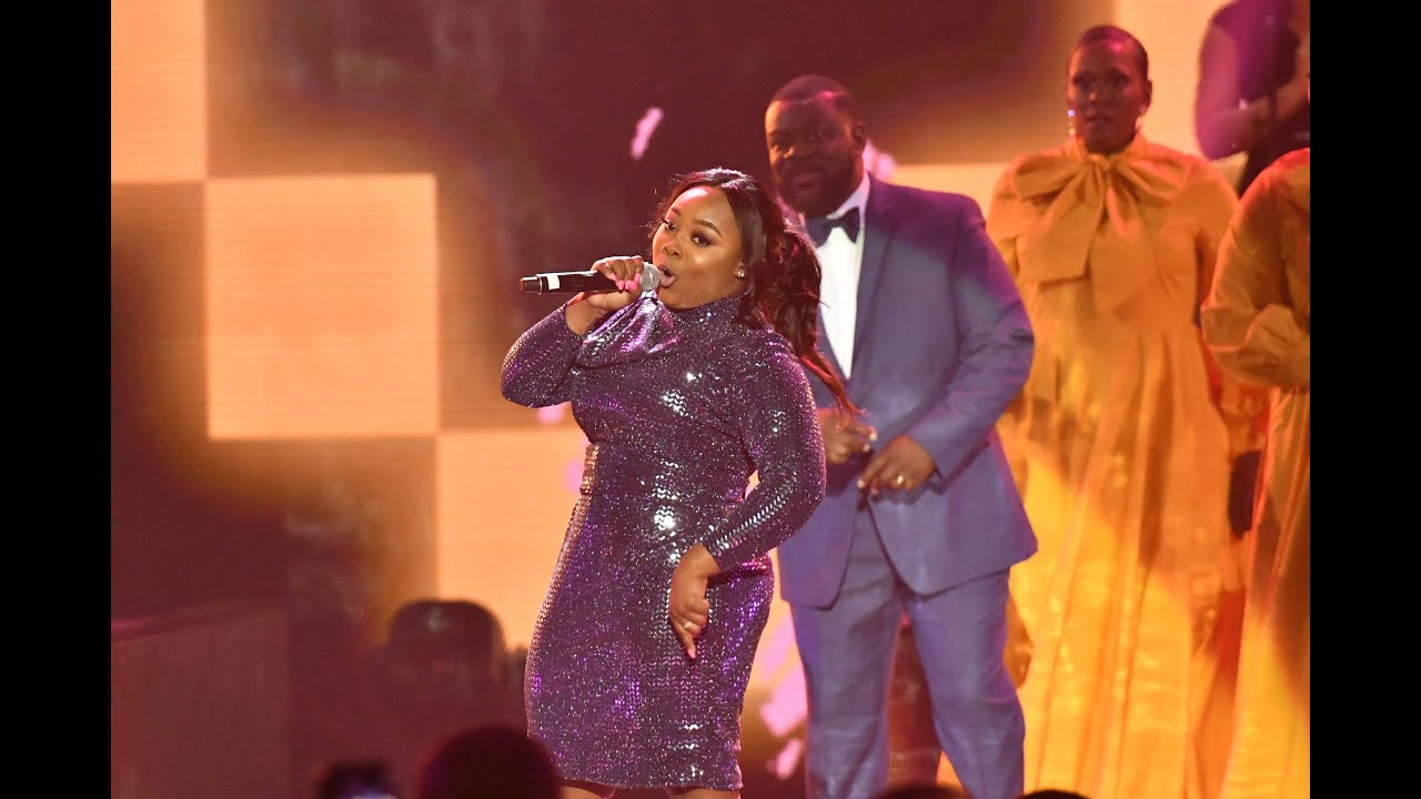 "Jekalyn Carr performing ""Its Yours"""