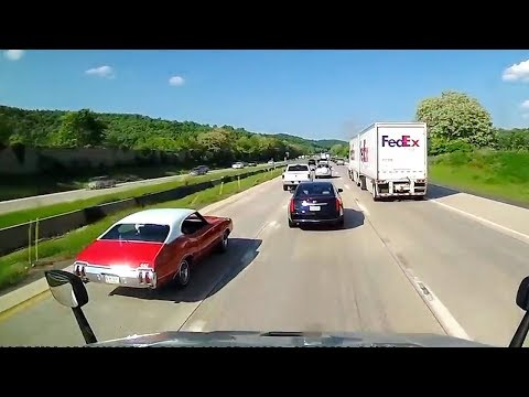 Ultimate North American Cars Driving Fails Compilation - 242 [Dash Cam Caught Video]