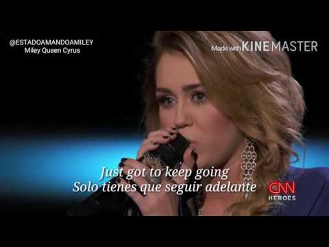 Miley Cyrus Performs