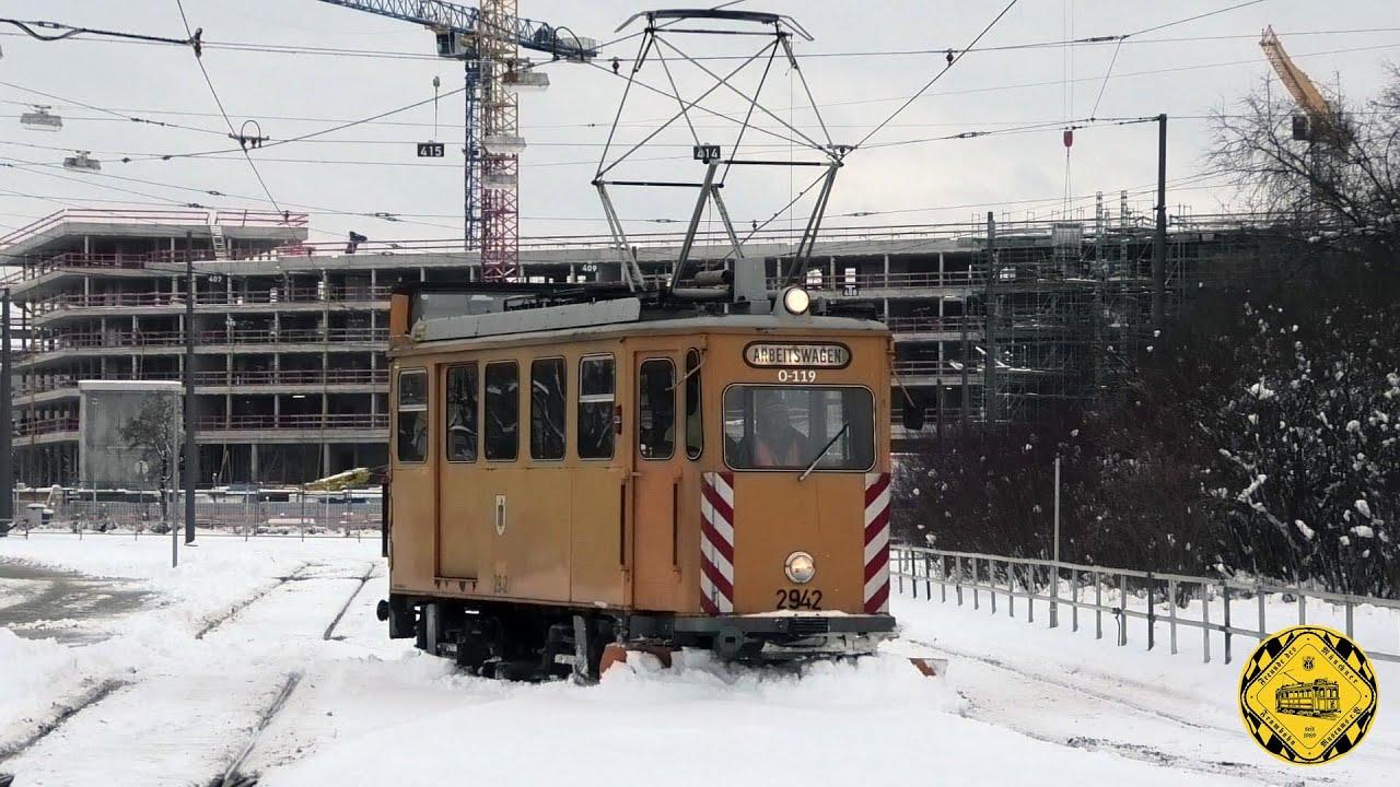 TW 2942 (Baujahr 1926) im Wintereinsatz 2021