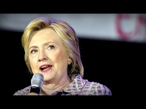 New dispute over Clinton emails