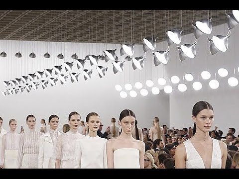 Valentino | Haute Couture New York Collection (Sala Bianca 945) Full Show | Exclusive