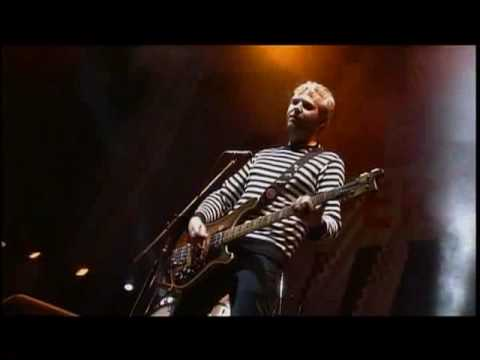Franz Ferdinand - Do You Want To Live @ Fuji Festival 2006 streaming vf