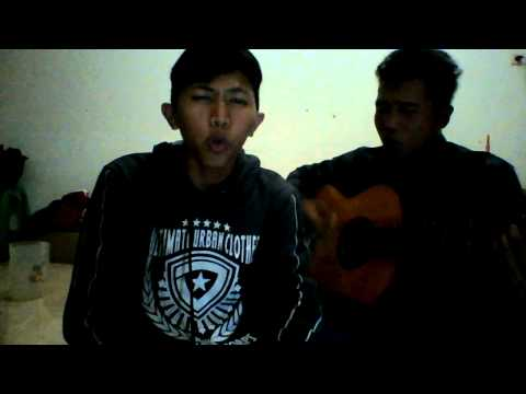 Muara kasih bunda (cover) by ferry irama