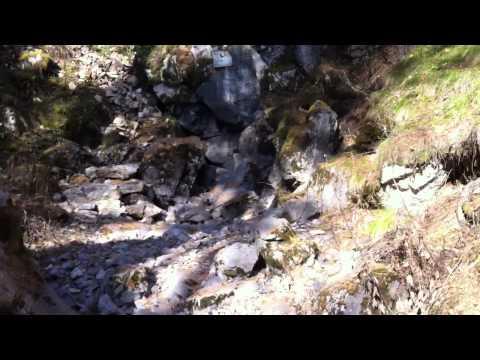 Вход в Шамахинскую пещеру, станция Сказ