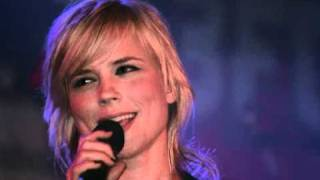 Watch Ilse Delange Ride The Wind To Me video