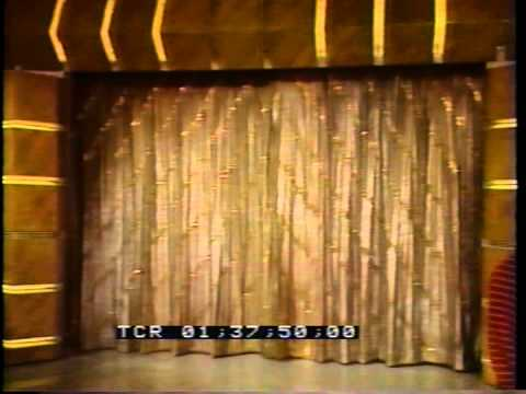 Treasure Hunt Curtain Blooper