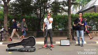 Video Spektakuler Pengamen Ini Coba Cover lagu Bon Jovi-Thank You For Loving download MP3, 3GP, MP4, WEBM, AVI, FLV Agustus 2018
