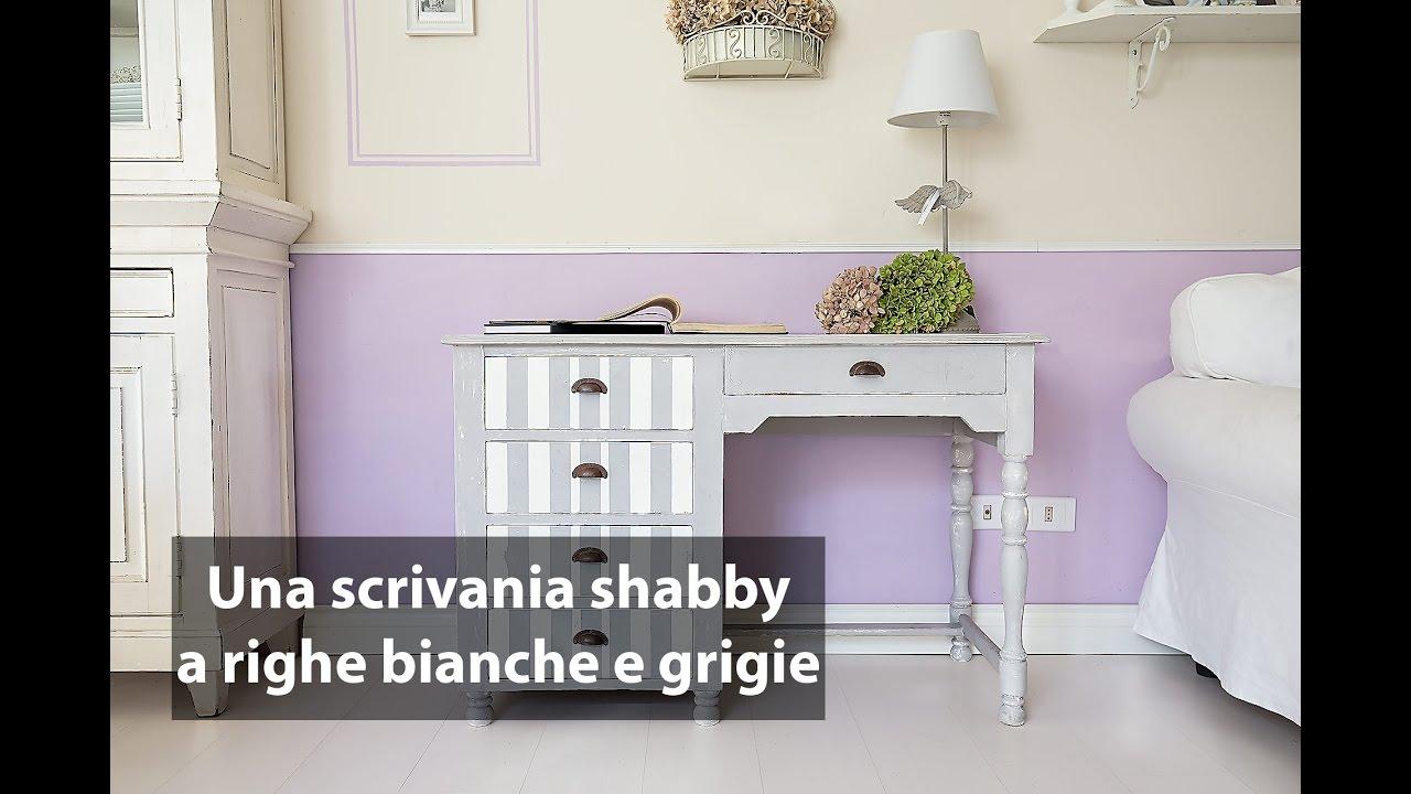 Una scrivania shabby a righe bianche e grigie youtube for Scrivania shabby