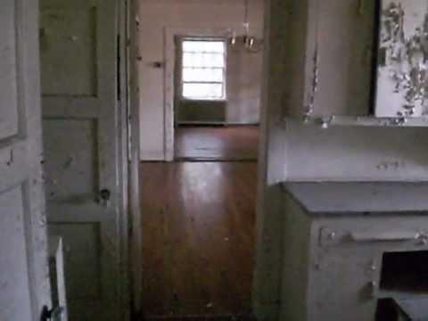 Charleston Naval Base >> Abandoned military officers housing at the Charleston Navy Yard - YouTube