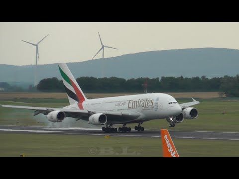25+ Minutes Of HD Planespotting - Flughafen Wien-Schwechat (A380, B787, B748, B747, B777, ...)