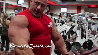 Droga do NY Pro 15 tygodni, trening bicepsa