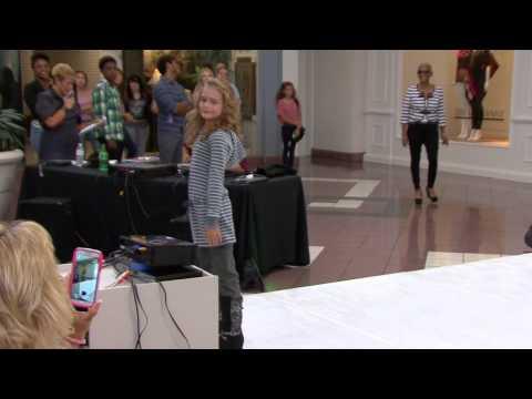 Baylee Beyel, Viera Models Modeling Event 10.26.13