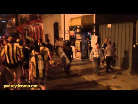 Llegada de la hinchada de Peñarol al Estadio Nacional de Lima