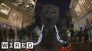 Alien Cop Car Invades San Diego Comic-Con 2014-WIRED