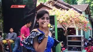 TANGIS KEHIDUPAN VOC SELLY NASRUDIN by Trias Music live ngabul JB jepara