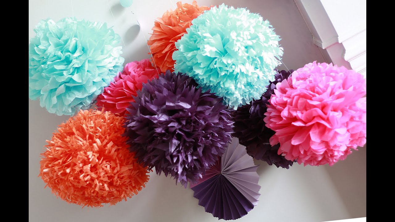 how to diy paper pom tutorial decorations that impress doovi. Black Bedroom Furniture Sets. Home Design Ideas