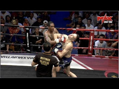 Unbelievable!!! The Only Double Knock down in Muaythai History ! Must Watch !!!