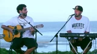 3030 - Foda Que Ela É Linda (Acústico) thumbnail