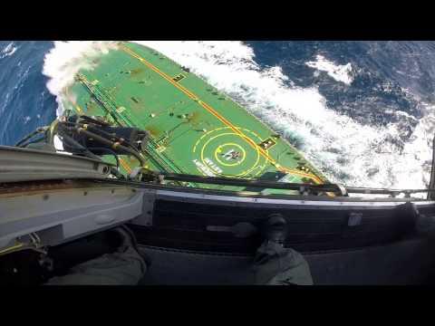 Resgate de um tripulante do navio RIDGEBURY ASTARI