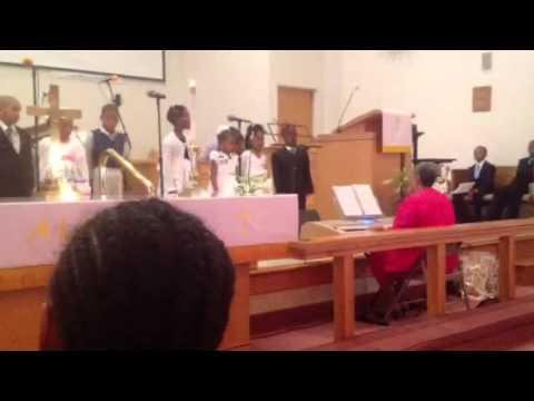 I love to praise him... Kids singing
