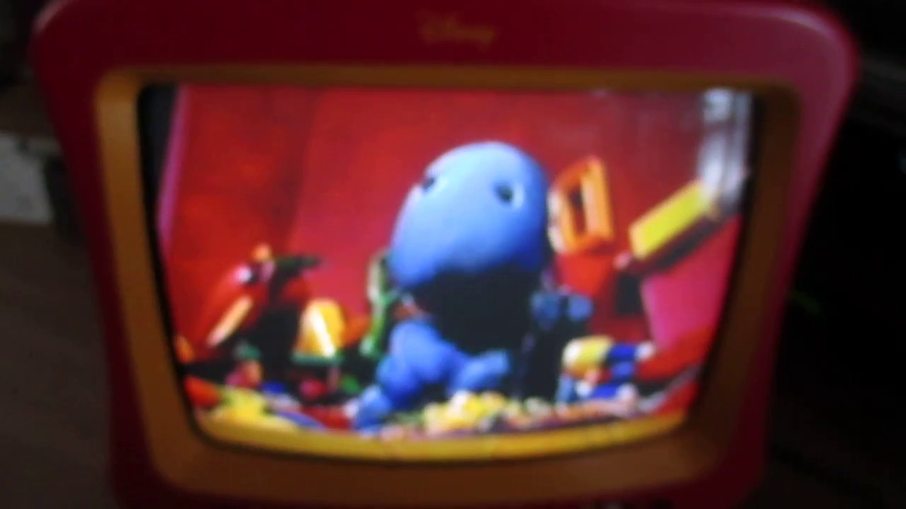 13 inch disney mickey mouse tv