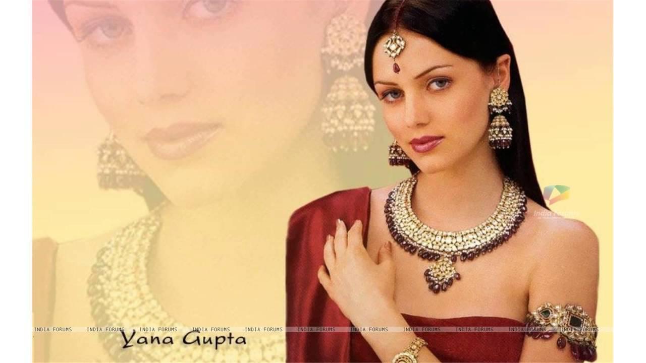 Yana Gupta Nude Photos 64