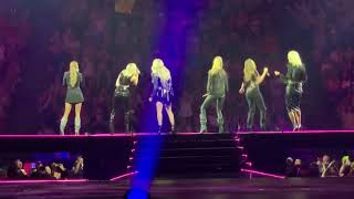 Carrie Underwood - Women of Country Medley with Runaway June and Maddie & Tae