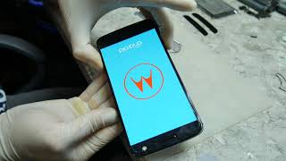 Motorola Moto Z. Телефон емес, жөндеуге арналған.
