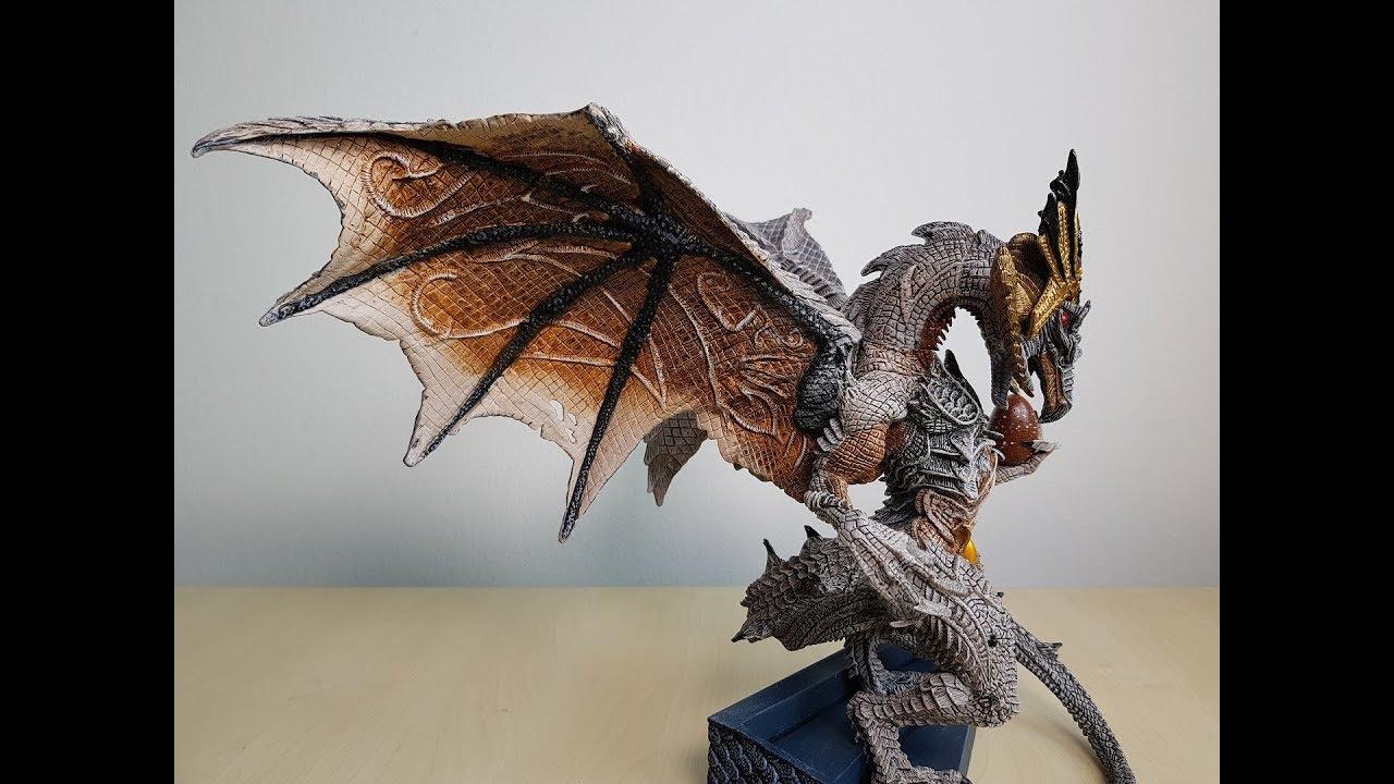 McFarlane Legend of the blade hunters King Drako