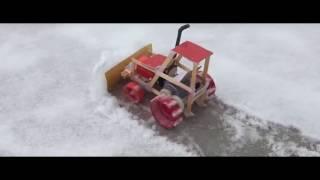 Как сделать Электрический трактор!!!(давайте деньги на видео (на киви)89280486204 номер киви., 2017-02-02T06:33:13.000Z)
