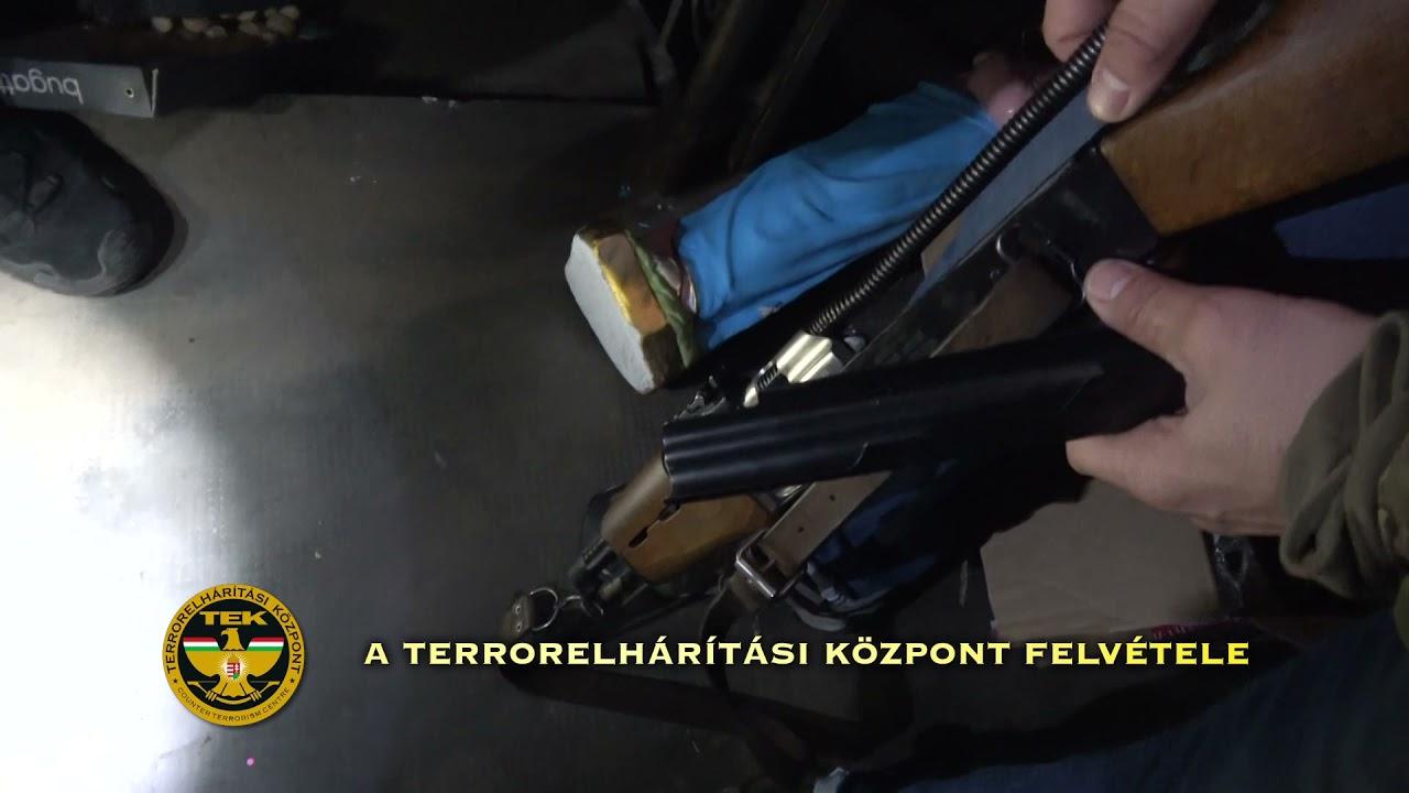 Download Gépkarabélynak látszó riasztófegyverrel lövöldözött egy téti férfi