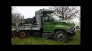 Metal detecting Ecum Secum with the Etrac and a stuck dump truck
