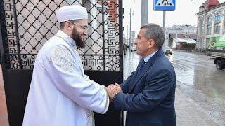 Рустам Минниханов открыл Галеевскую мечеть в центре Казани