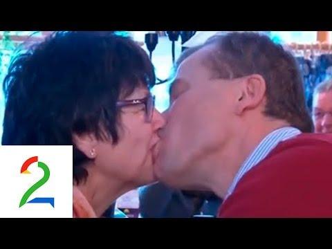 Kjetil Jansrud i Golden Goal ser foreldrene kysse