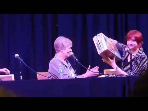 Bonnie Signs Faust's Toy - EQLA 2015