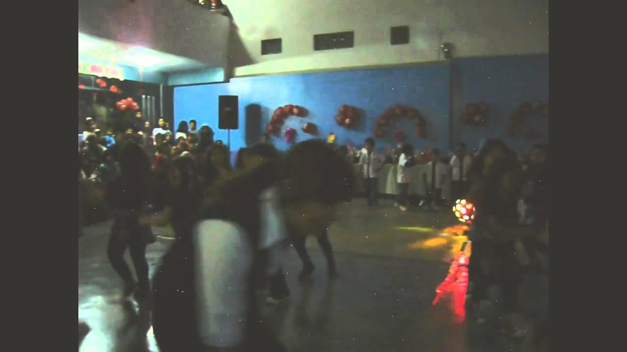 Baile por el día de las madres Jesús de Belén
