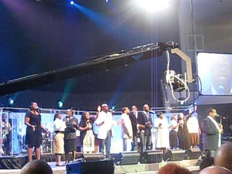 Hezekiah Walker & LFC  Grateful