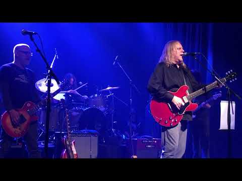 Dan Joyce - Dave Grohl Plays All Apologies With Gov't Mule