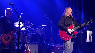 All Apologies featuring Dave Grohl and Warren Haynes
