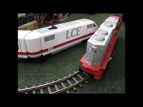 USA TRAINS EMD GP38 2 DIESEL LOCOMOTIVE