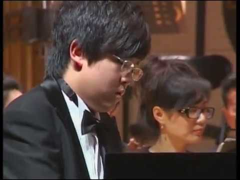 15 years old pianist Cong Bi plays Rachmaninoff piano concerto No.2, the 3rd movement Mp3