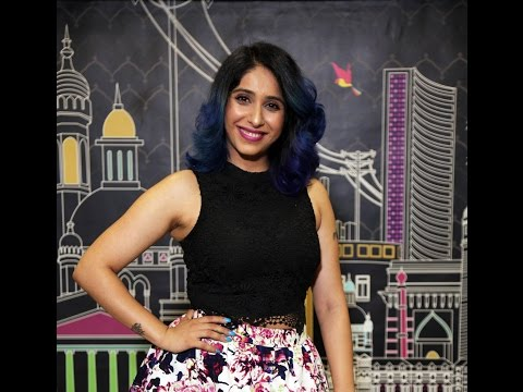 Team MissMalini Chats With The Gorgeous...