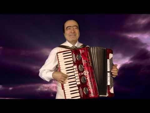 Армянский музыкант в Москве, Аккордеонист Артём Арутюнян - армянская народная песня ЗАРТНИР ЛАО
