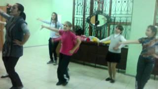 Репетиция танца ко дню поселка